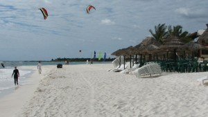 Xpu-Ha Beach Kite Flying